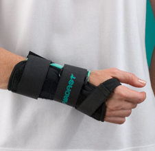 A2™ Wrist Brace: Medium, Left (without Thumb Spica)
