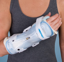 StabilAir™ Wrist Orthosis, Medium - Left